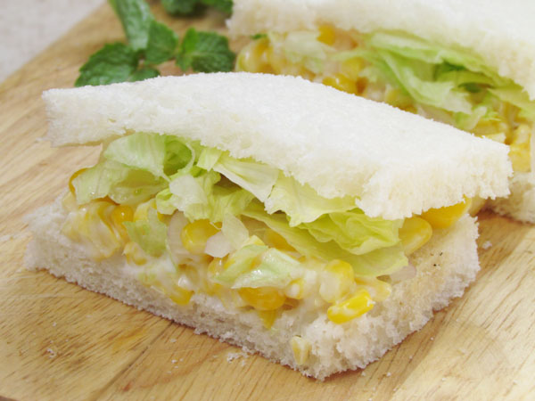 Corn Moyo Sandwitch